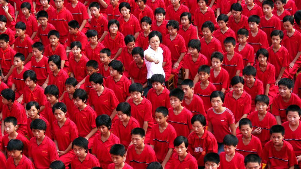 Foto: Estudiantes de secundaria en una escuela en Xuyi, China. (Reuters)
