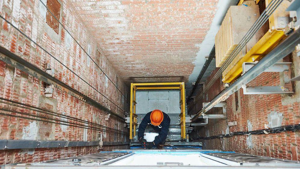 Foto: ¿Puedo deducirme en la renta la instalación de un ascensor en un piso de alquiler? (iStock)