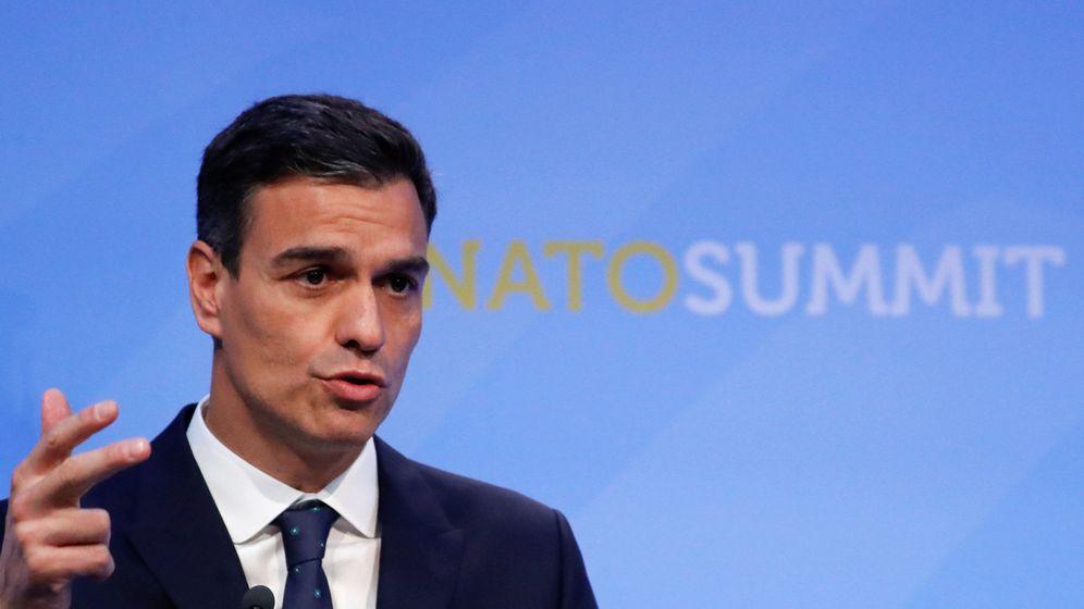Foto: Sánchez, al término de su primera cumbre de la OTAN. (Reuters)