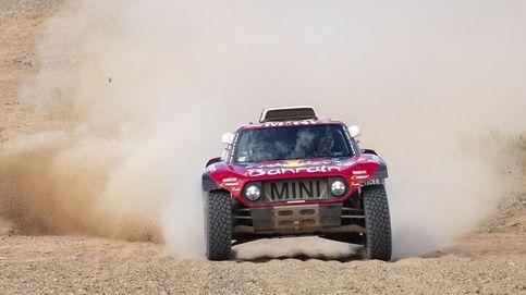 El recital de Carlos Sainz en el Dakar en el día más duro para Fernando Alonso