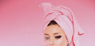 Post de Vuelve Russian Red, la reina del karaoke
