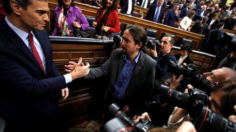 Sánchez sale investido por la mínima presidente del primer Gobierno bicolor
