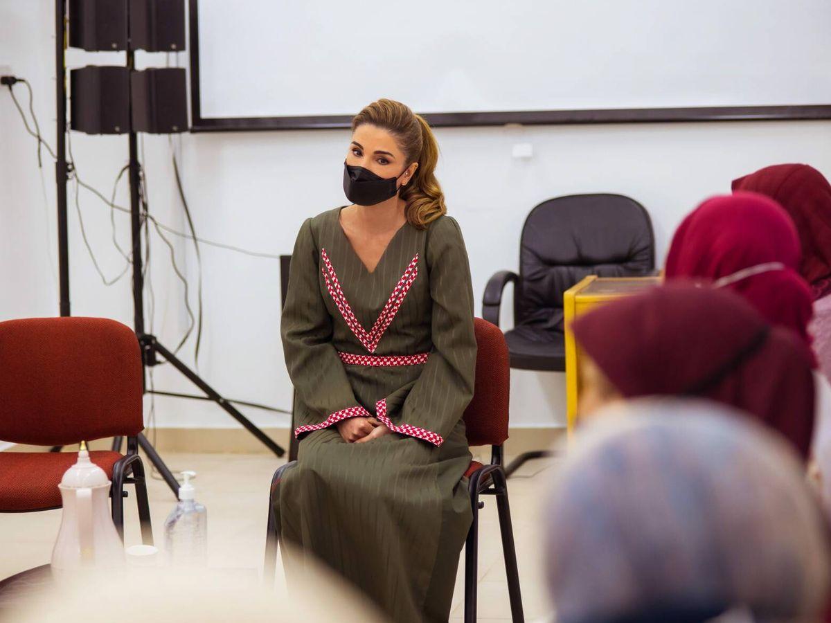 Foto: La reina Rania, este miércoles en Shobak, Jordania. (Cordon Press)