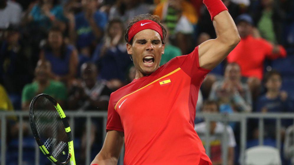 Foto:  El tenista español Rafael Nadal celebra su victoria ante los argentinos Juan Martín Del Potro y Máximo Gónzalez. (EFE)
