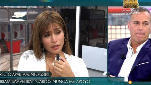 Miriam Saavedra interrumpe el 'Deluxe' para aclarar las insinuaciones de Carlos