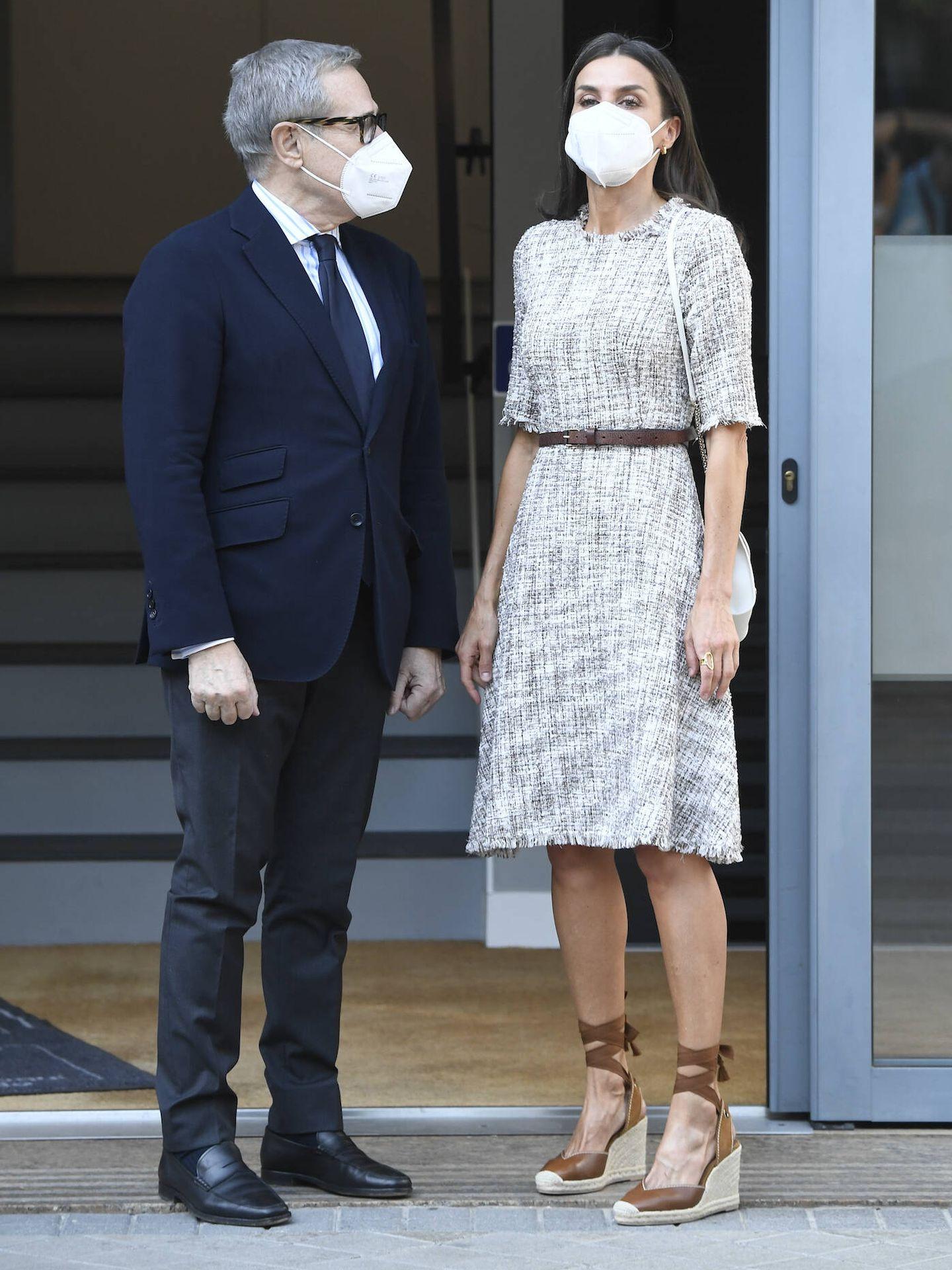 La reina Letizia, a su llegada a la reunión. (LP)