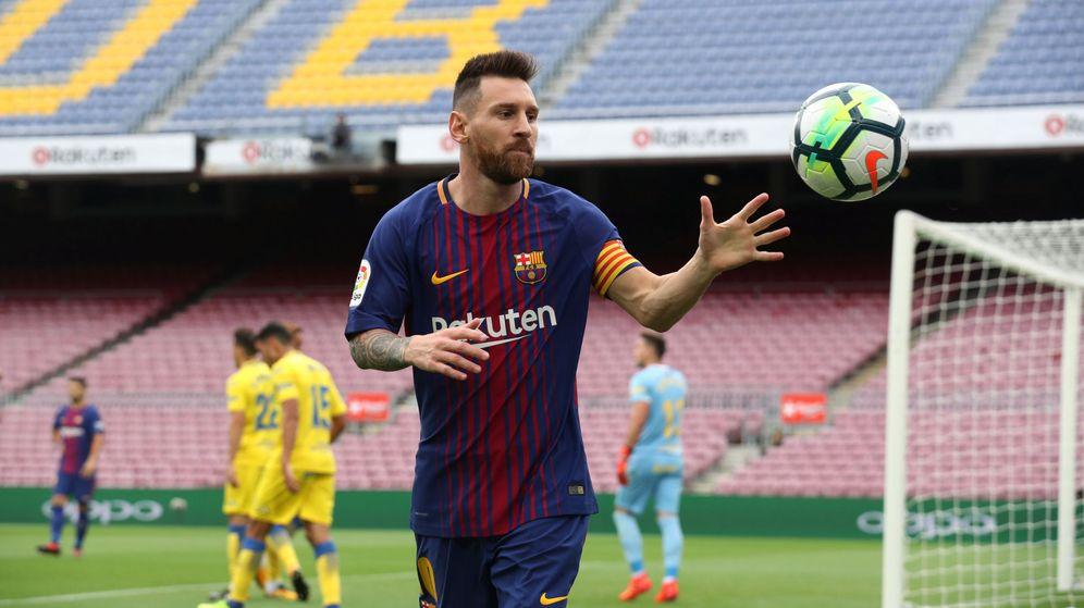 Foto: Messi, en el partido contra Las Palmas jugado en el Camp Nou a puerta cerrada. (Reuters)
