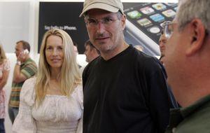 La viuda de Steve Jobs obtiene su trozo de 'manzana' y rehace su vida