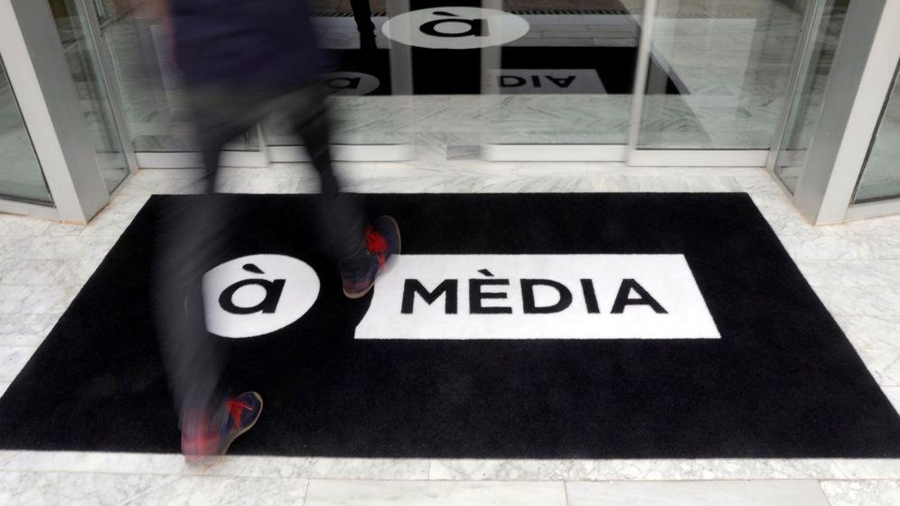 Foto: La televisión valenciana À Punt comenzó a emitir en junio del año pasado. Pocos meses antes lo hizo la radio pública. (EFE)