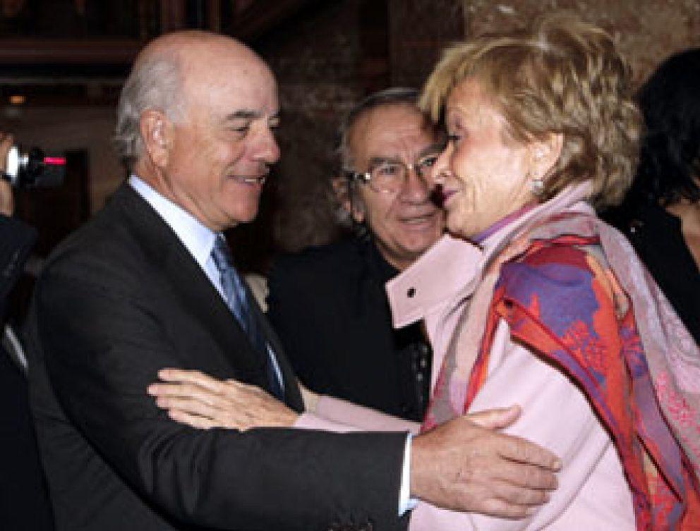 """Foto: El Club Internacional de Prensa premia a De la Vega por su """"transparencia informativa"""""""