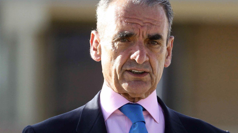 Mario Conde, a su salida de la prisión madrileña de Soto del Real. (EFE)