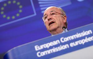 Alierta y Almunia cierran filas para relanzar la consolidación de las 'telecos' en Europa