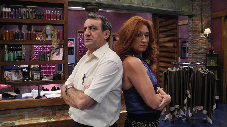Foto: Juanjo Cucalón y Chiqui Fernández protagonizan 'La peluquería' (RTVE)