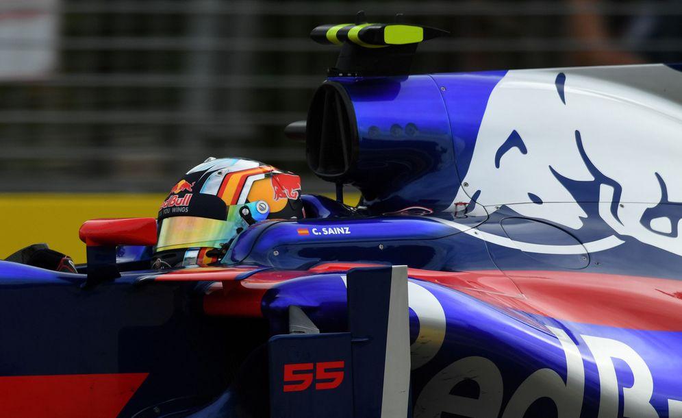 Foto: En la imagen, Carlos Sainz en su Toro Rosso. (Reuters)