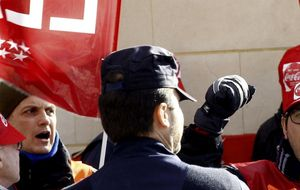 UGT rompe la negociación con Coca-Cola por las amenazas