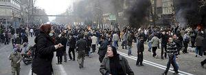 Una facción del Ejército iraní pone contra las cuerdas al régimen de Ahmadineyad