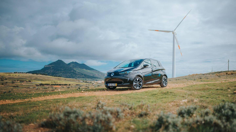 La red eléctrica de la isla de Porto santo se alimenta con fuentes renovables, como la energía eólica y la fotovoltaica.