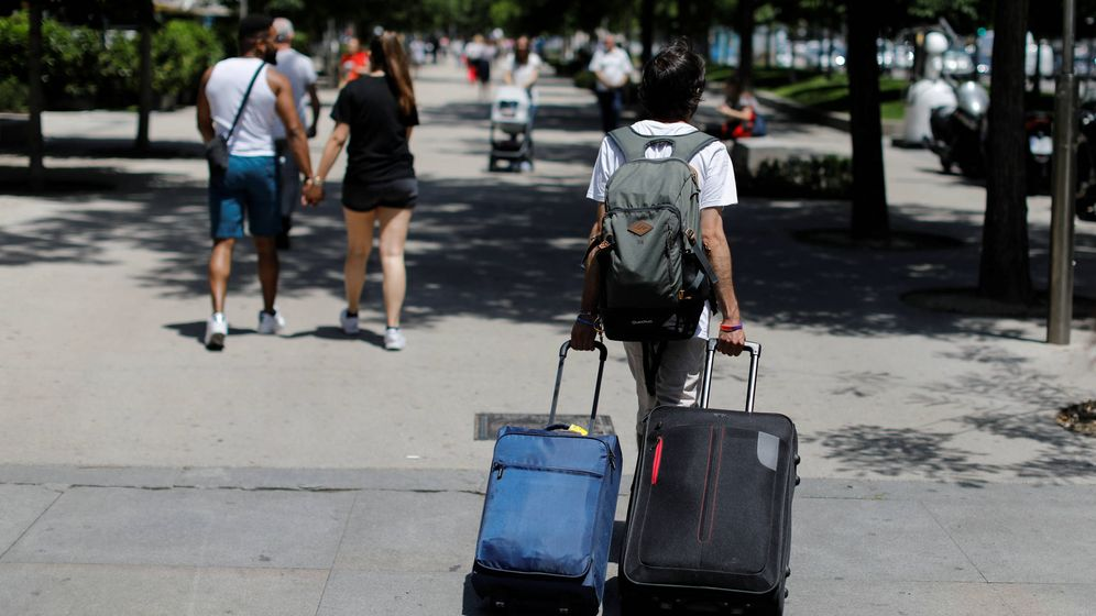 Foto: Huyendo de la repetición a destinos que son todos iguales. (Reuters/Paul Hanna)
