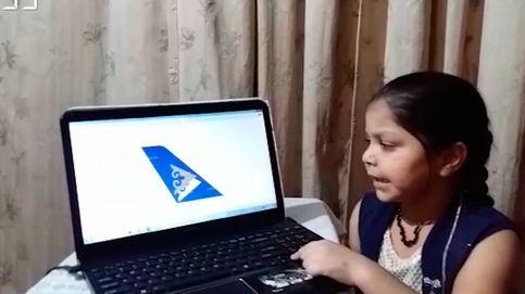 Récord: una niña adivina 93 aerolíneas en un minuto por la cola del avión