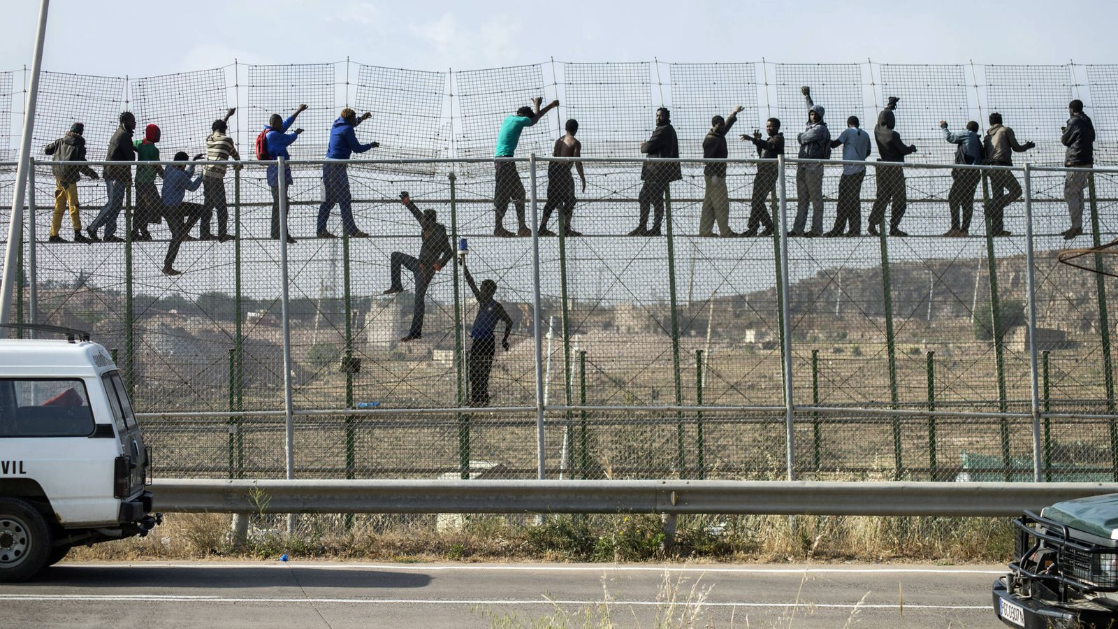 Marruecos Amenaza Con Reabrir El Grifo De La Emigraci 243 N A