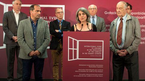 ETA busca que su anunciada disolución tenga el aval internacional y de las instituciones