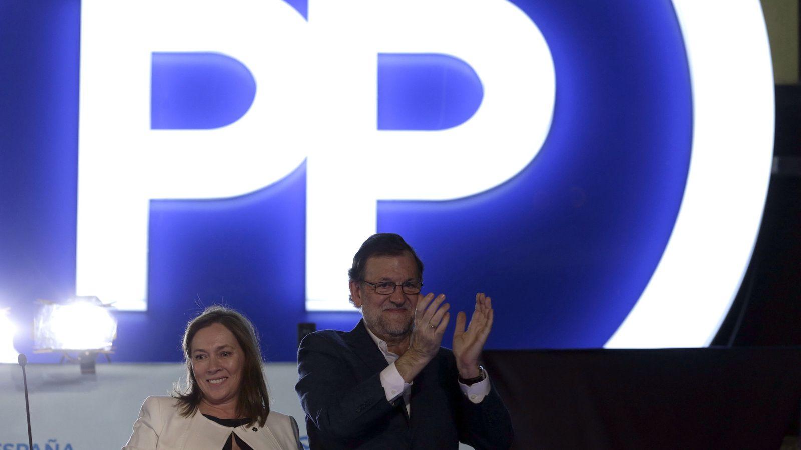 Foto: Mariano Rajoy ante sus simpatizantes. (EFE)