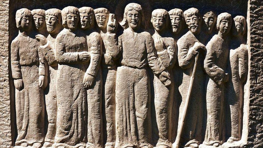 Foto: Relieve que muestra a Cristo y sus apóstoles. (Pixabay)