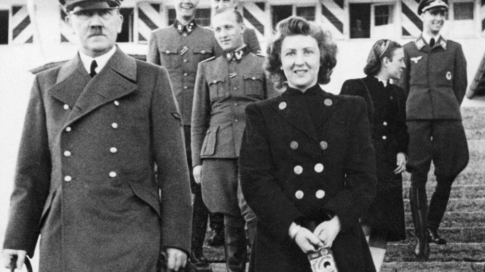 Foto: ¿Lograron Adolf Hitler y Eva Braun huir de Berlín?