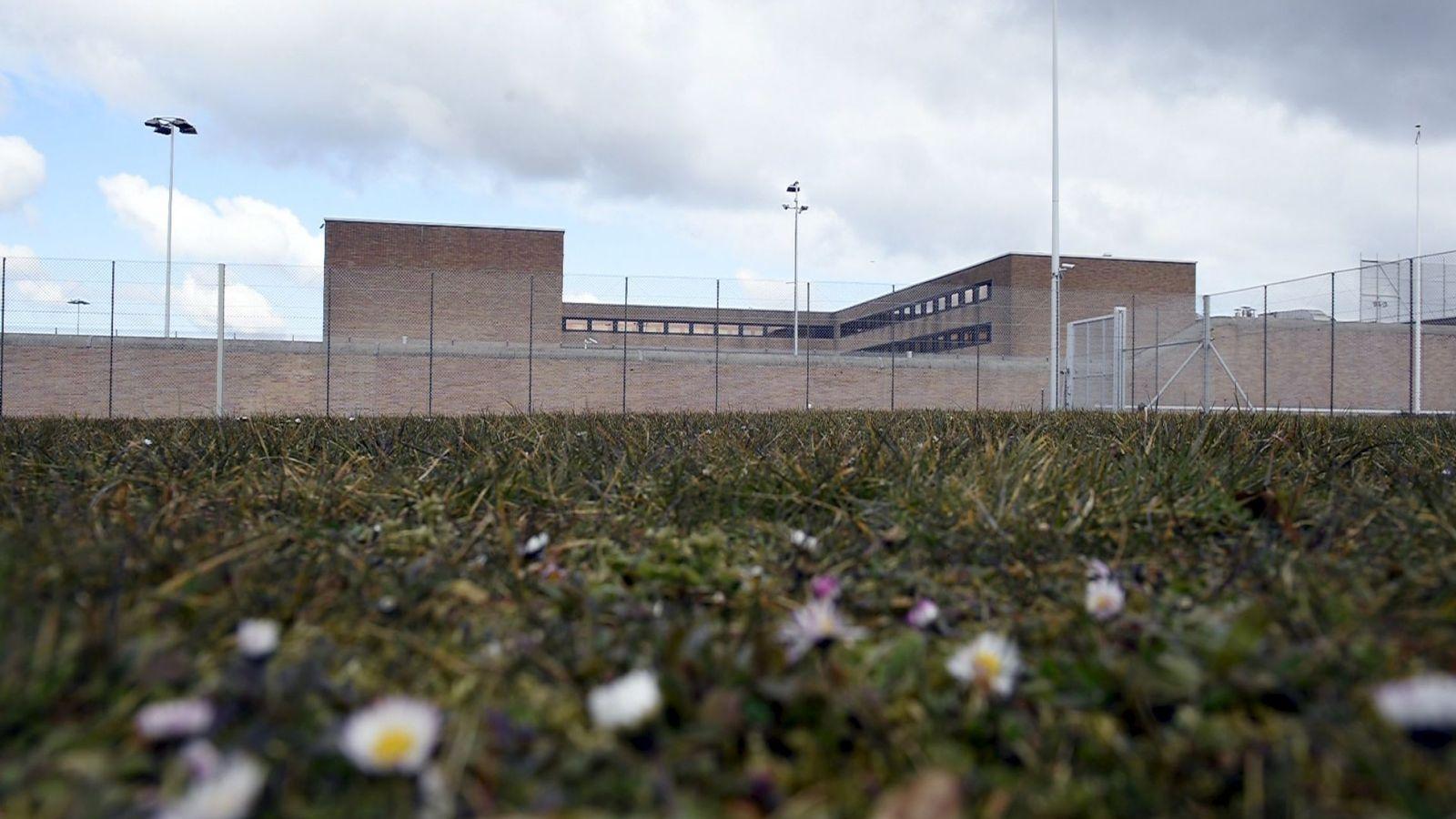 Foto: Imagen de la prisión de Brujas donde está encarcelado Salah Abdeslam, en Bélgica, el 20 de marzo de 2016 (Reuters).