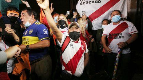 Final de infarto en Perú: al 94% escrutado, Castillo adelanta por primera vez a Fujimori