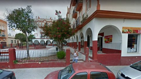 Intentan quemar a un indigente en Cádiz mientras dormía