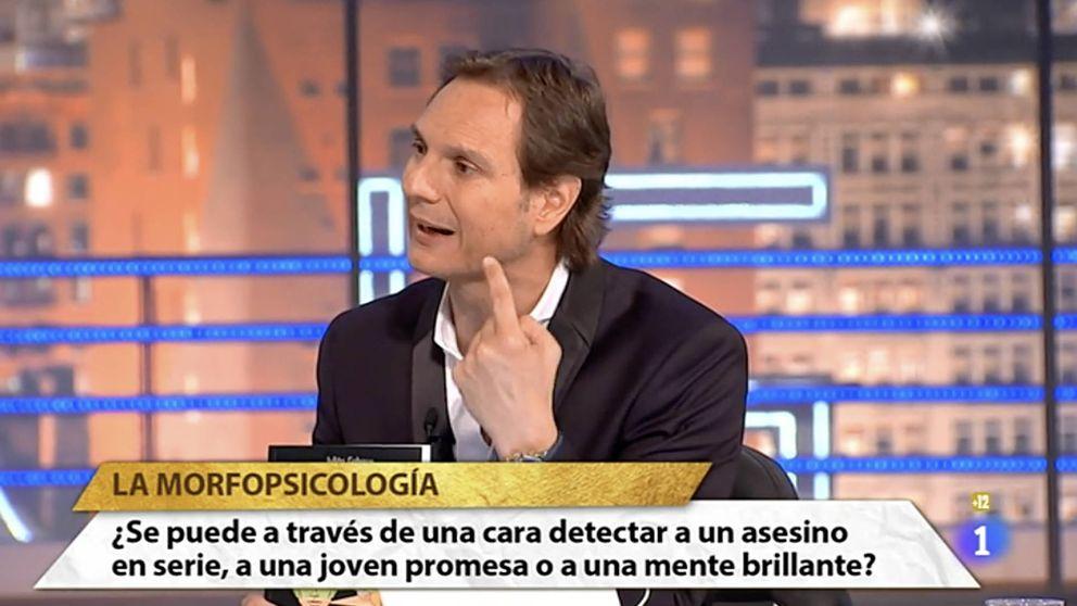 Nuevo frente contra Cárdenas: critican que TVE aborde la pseudociencia