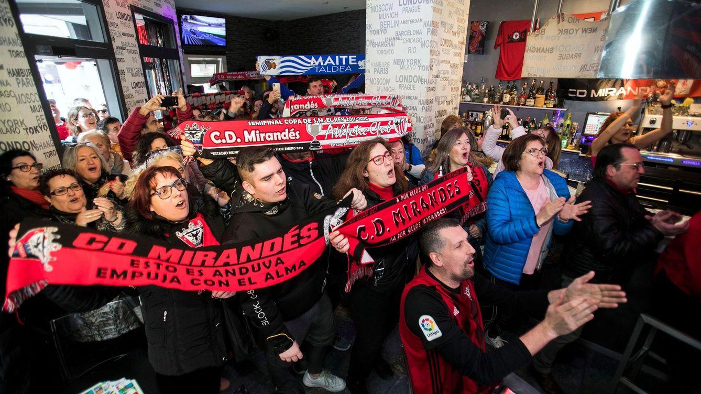 Por qué el CD Mirandés sí es el equipo del pueblo (y no el Atleti del millonario Simeone)