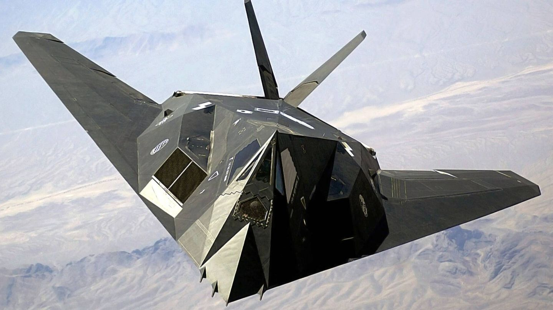El F-117 Lightning II, un avión de ataque invisible (Lockheed Martin)
