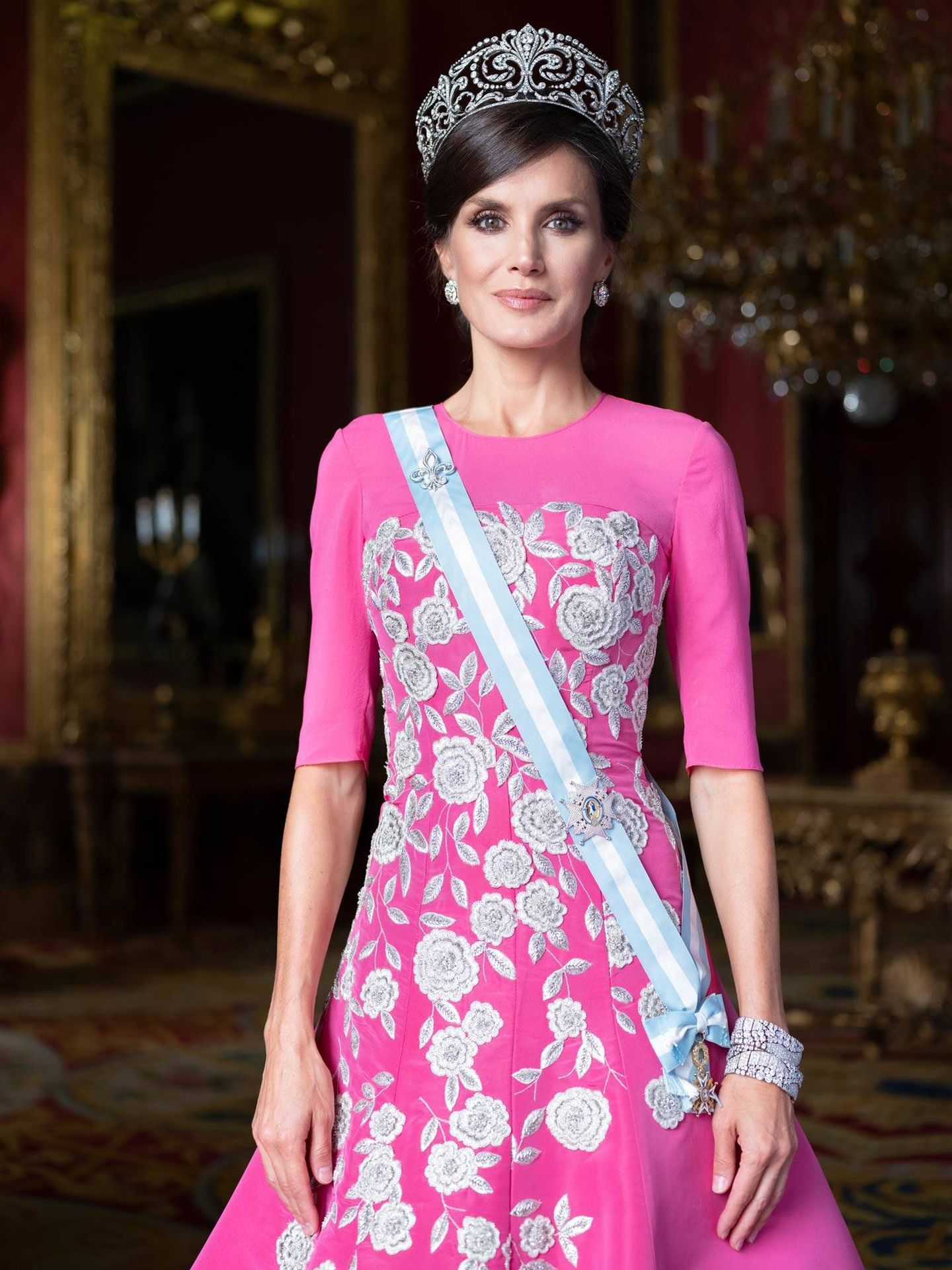 La Reina de gala. (Casa Real)