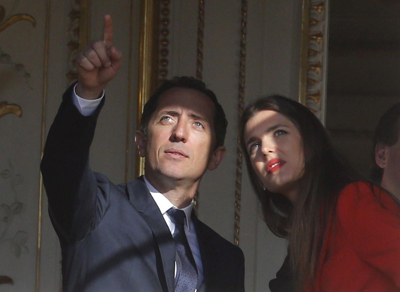 Foto: El humorista francés Gad Elmaleh y Carlota Casiraghi, en una foto de archivo (Efe)