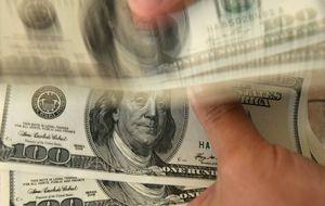 Las divisas negocian en 6 horas lo que España produce en un año