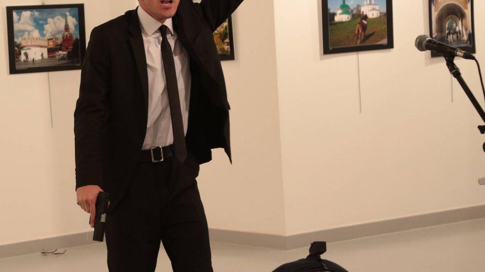 Asesinado a tiros el embajador ruso en Ankara al grito de venganza por Alepo