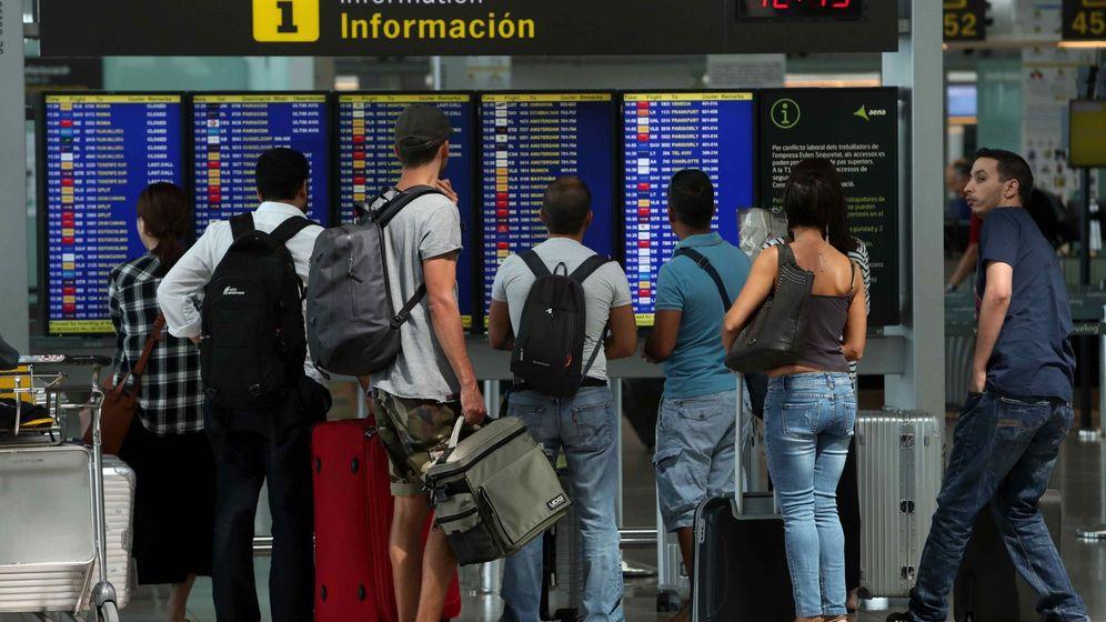 Foto: Imagen de archivo del Aeropuerto de El Prat en Barcelona. (EFE)