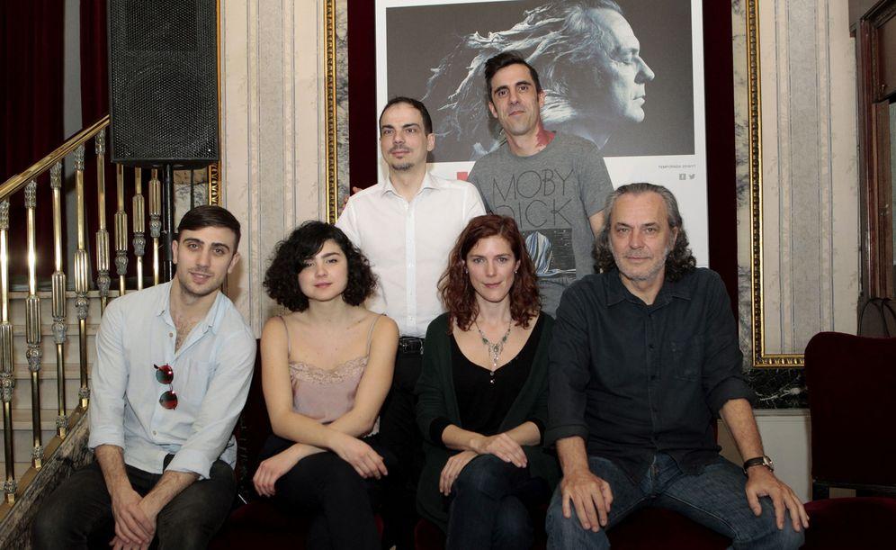Foto: Coronado junto a sus compañeros de reparto, Alberto Conejero y Julián Fuentes Reta (Efe)