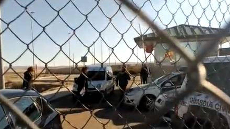 (Imagen del vídeo publicado por 'Ara' en el que se ve a Rovira entrando a Estremera)