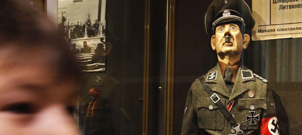 Foto: Muñeco de Hitler en el Museo de la Defensa y el Cerco de Leningrado (REUTERS)
