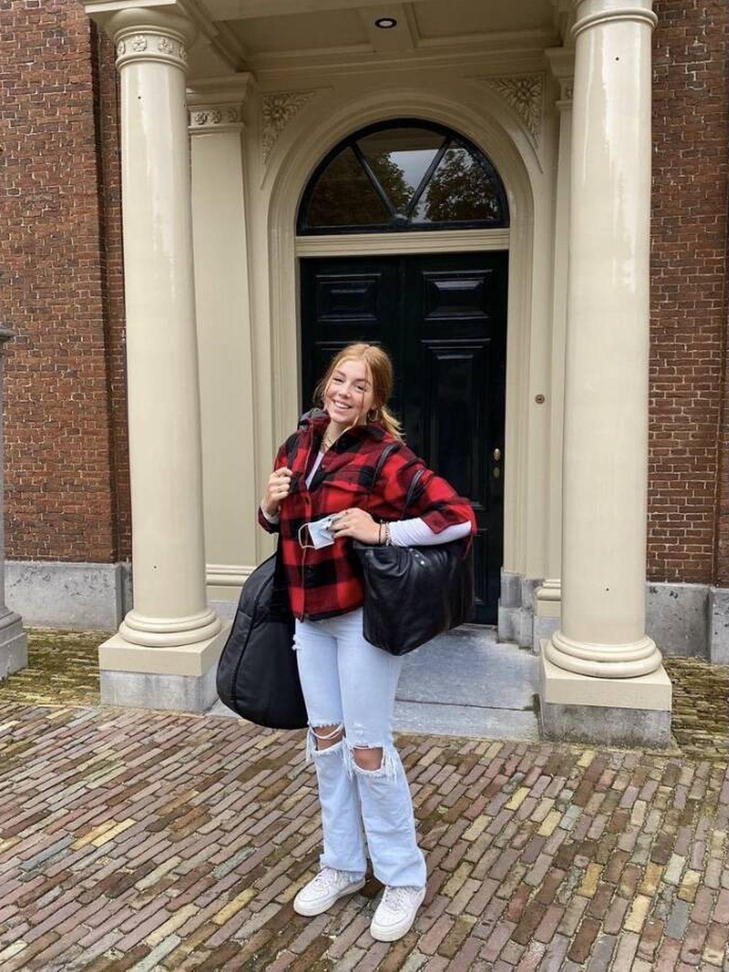 La princesa Alexia, rumbo a Gales. (Casa Real de Holanda)