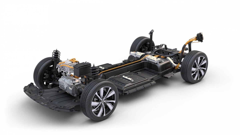 La nueva versión prescinde del motor posterior y cuenta solo con tracción delantera. Es más ligera y por eso homologa un consumo más bajo, en torno a 20 kWh/100 km.