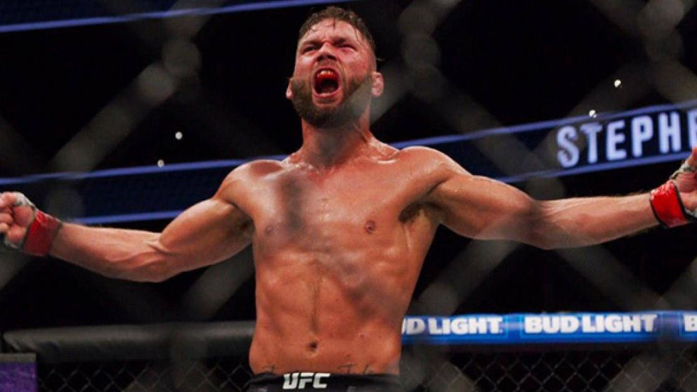 El martillazo de Stephens a Choi, un KO para que McGregor siga en casa