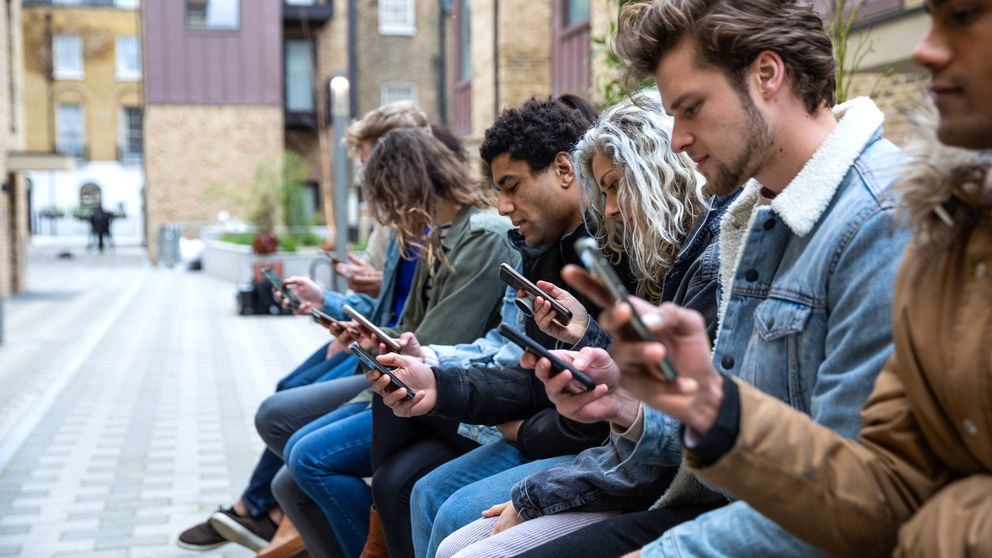 El uso excesivo del móvil cambia la estructura de nuestro cerebro