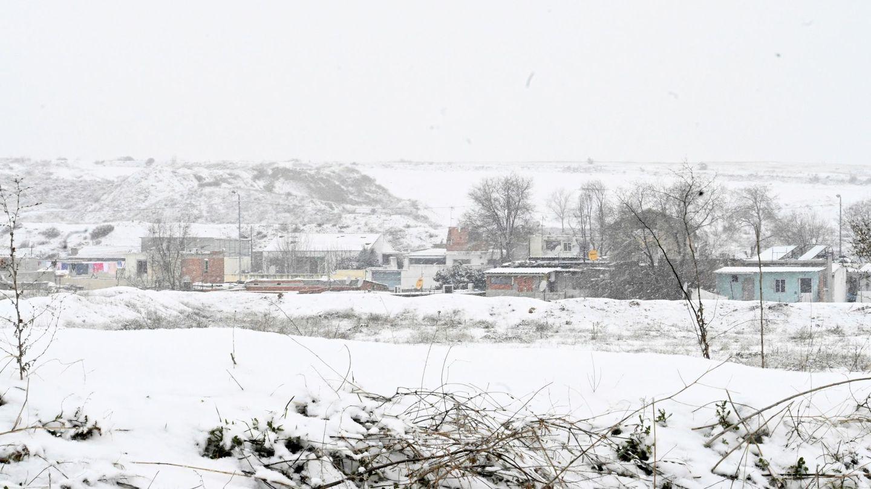 Vista de la Cañada Real cubierta de nieve el viernes. (EFE)