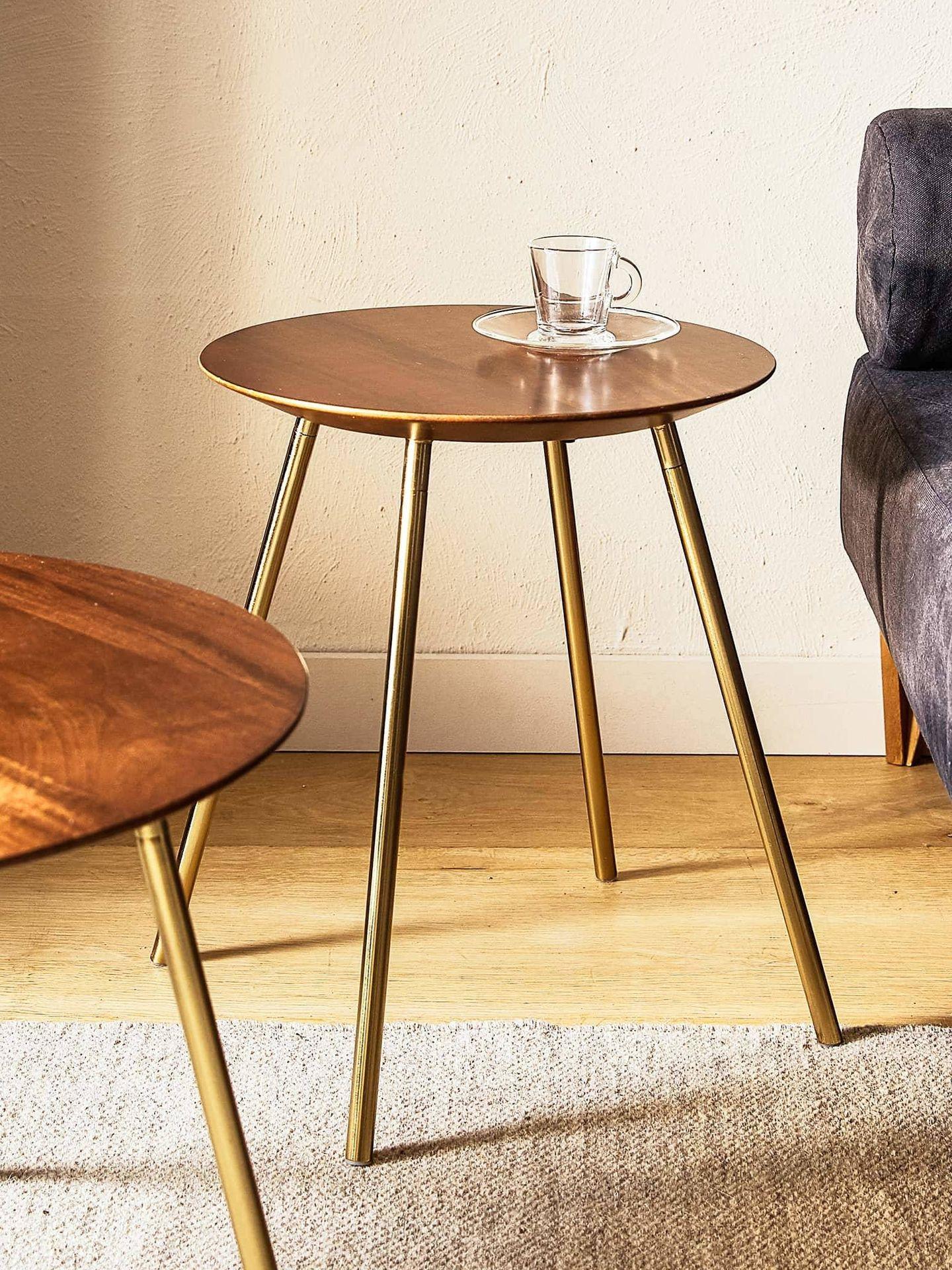 Mesas redondas en las rebajas de Zara Home. (Cortesía)