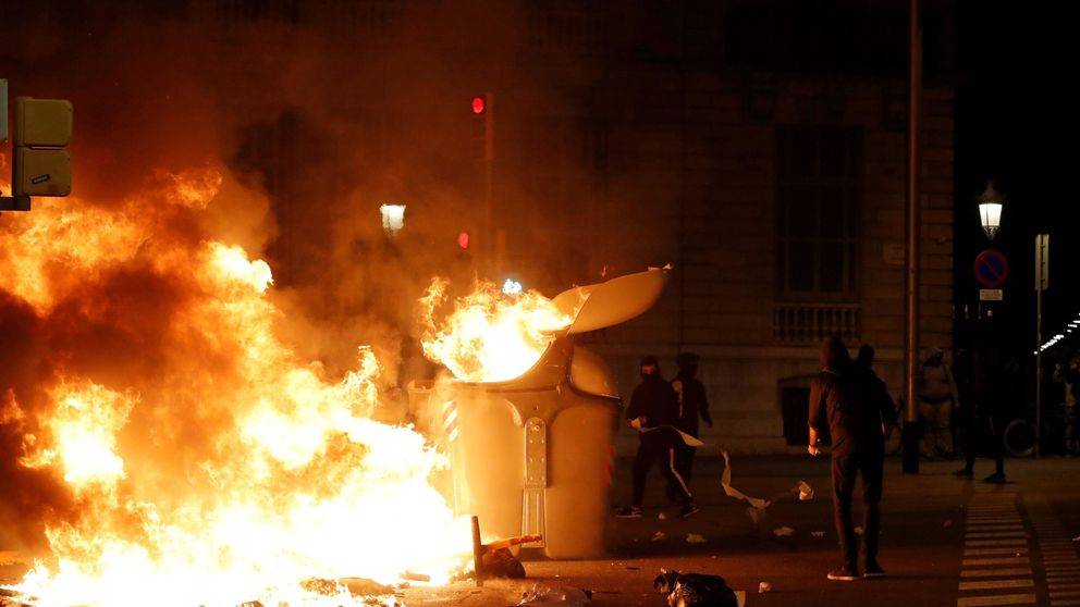Detectan a grupos antisistema extranjeros entre las protestas de los CDR en Barcelona