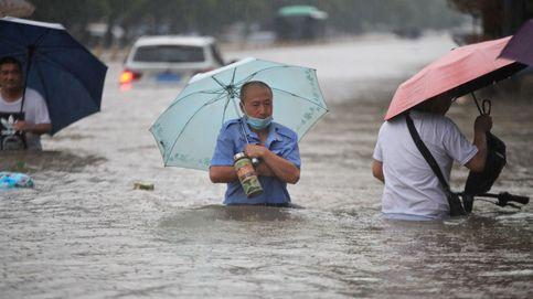 Al menos 25 muertos y más de 200.000 desplazados por las inundaciones en China